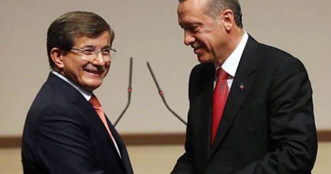 Davutoğlu'ndan Erdoğan'ı hedef alan zehir zemberek açıklama