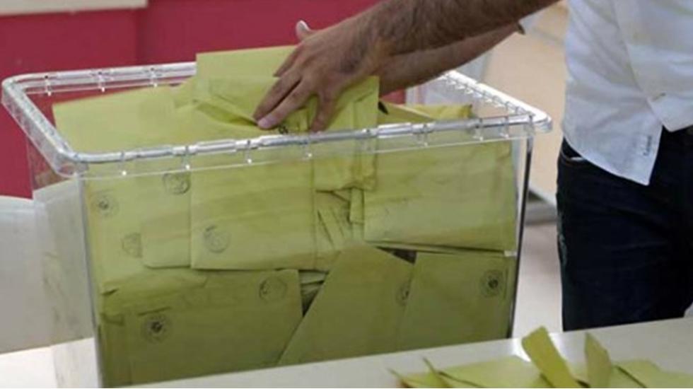 Cindoruk: Bu seçim parlamenter demokrasinin Cumhurbaşkanlığı Hükümet Sistemi'nden intikam seçimidir