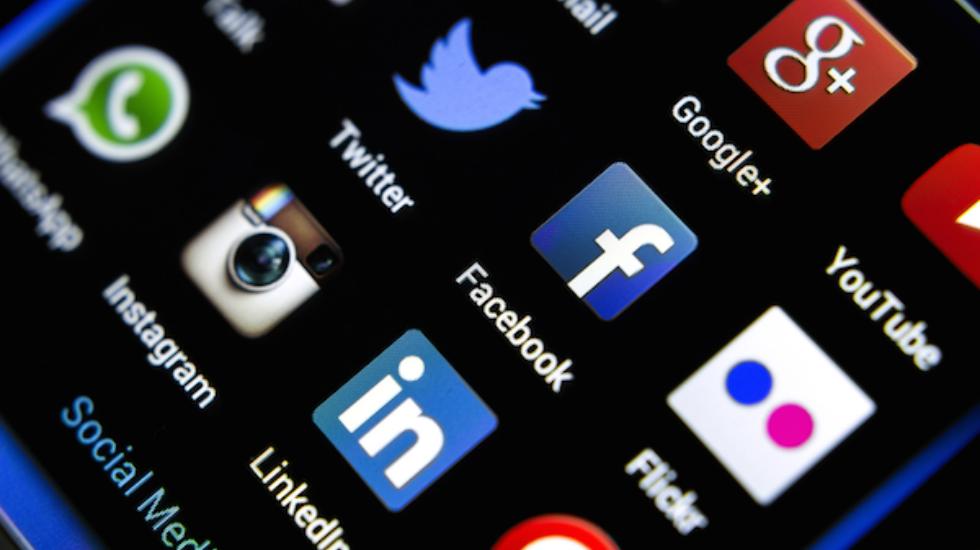 Türk insanı günde ortalama 4 saat sosyal medyada geçiriyor