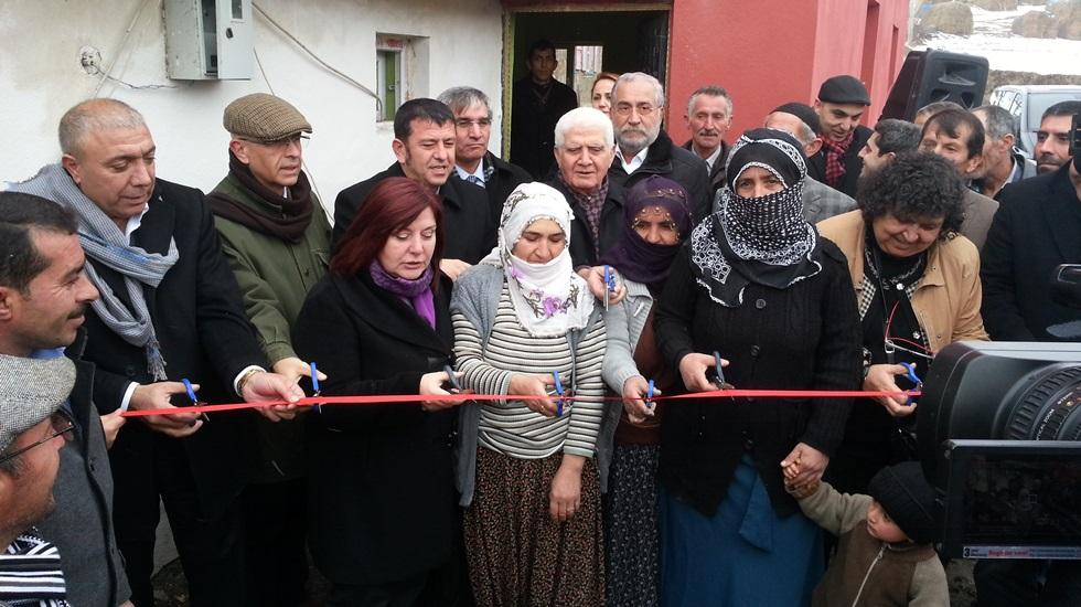 Çat Belediyesi, ilçeye bağlı 17 mahalleye taziye evi kazandırdı