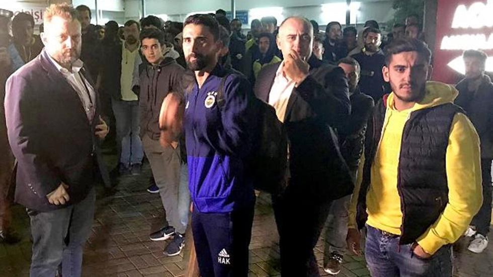 Fenerbahçeli futbolcular hastaneye koştu