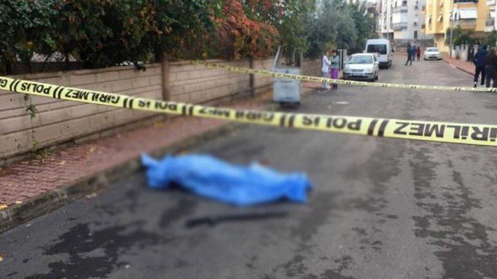 Antalya'da kadın cinayeti!