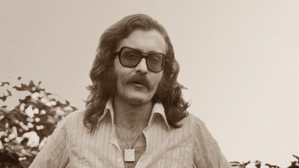 Şarkısı sansürlenen Cem Karaca'nın oğlundan sert tepki: Harbiden gerizekalısınız