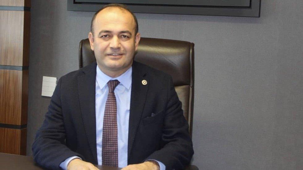 """Özgür Karabat: """"Hem demokrasiye hem Anayasaya aykırı"""""""