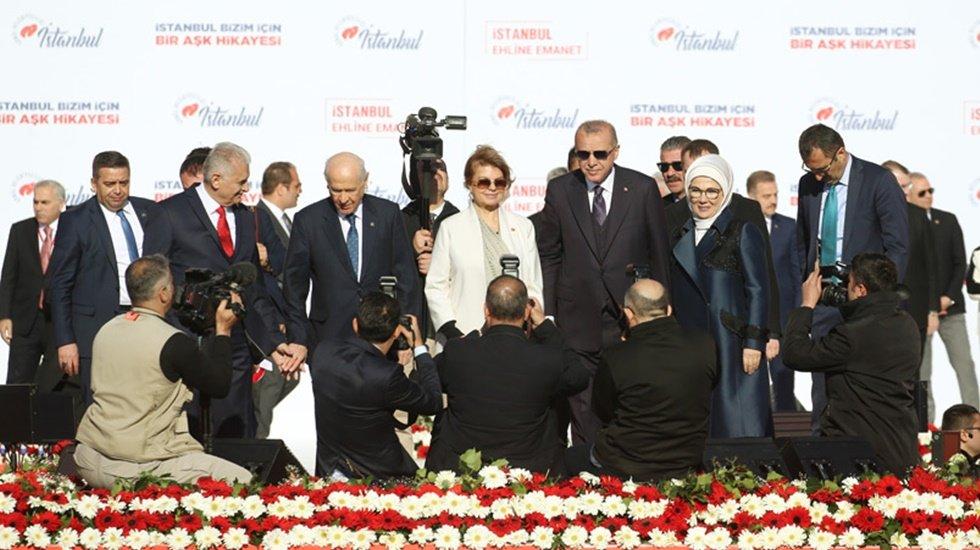 Tansu Çiller ve Mehmet Ağar AKP-MHP'nin Cumhur ittifakı mitingine katıldı