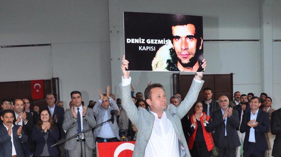 """Başkan Aksoy'dan Menemen'e """"Deniz Gezmiş ve Musa Anter kapısı"""""""