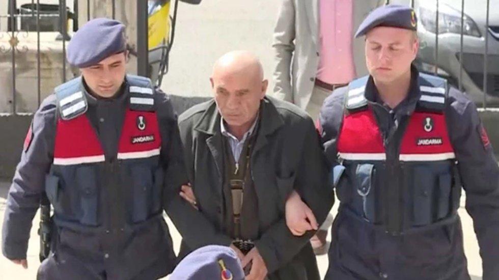 Kılıçdaroğlu'na yumruk atan saldırganın hırsızlık geçmişi kabarık!
