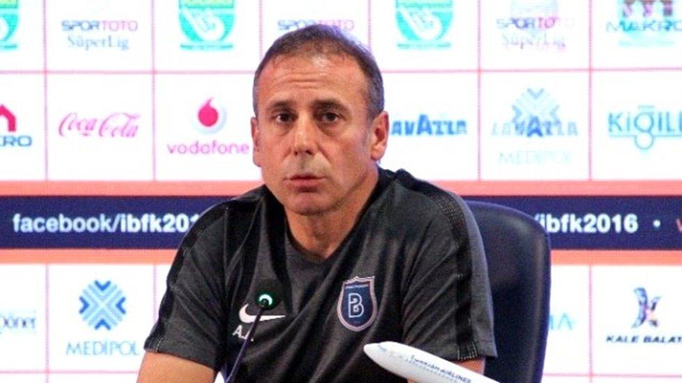 Medipol Başakşehir Teknik Direktörü Abdullah Avcı'nın kimyasını bozan soru...