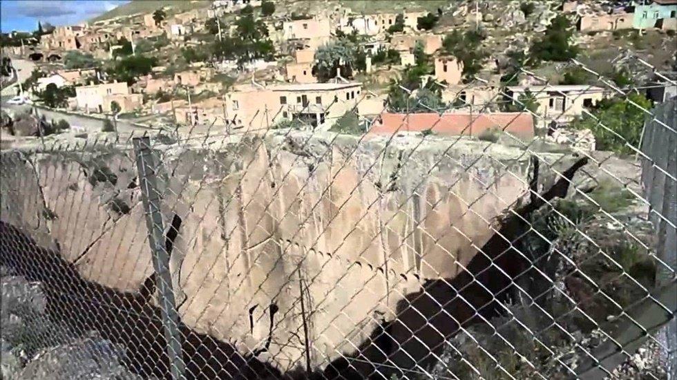 Gürer: Dilek Kuyusu talan ediliyor, Manastır çöküyor…