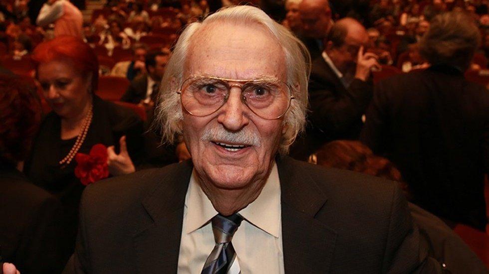 Sinema sanatçısı Eşref Kolçak 92 yaşında yaşamını yitirdi