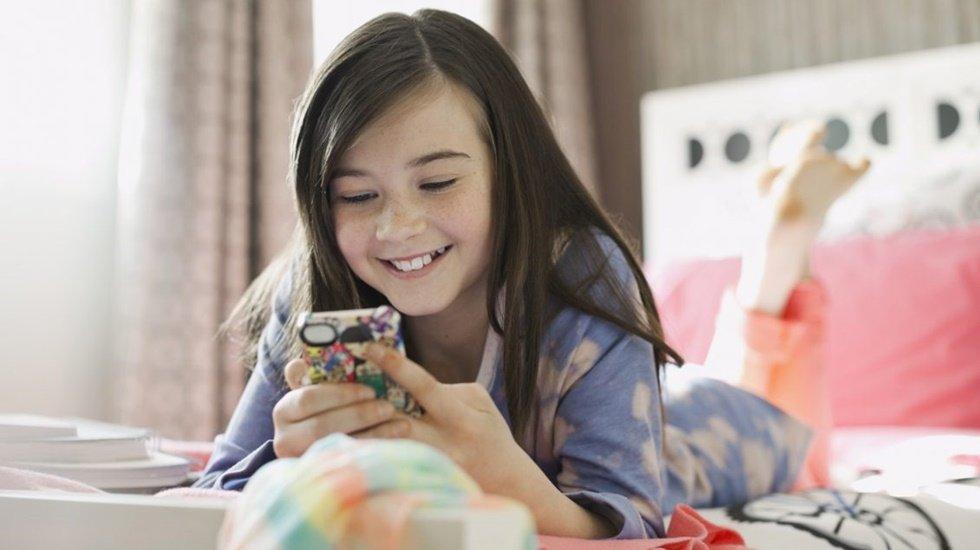 Çocuğumuza kaç yaşında akıllı telefon alalım?