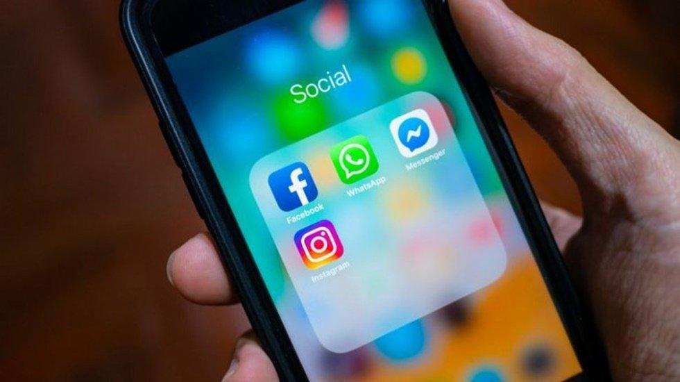 Facebook, WhatsApp ve Instagram'ın ismini değiştiriyor