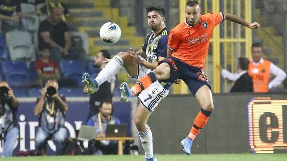 Fenerbahçe son dakika golü ile güldü