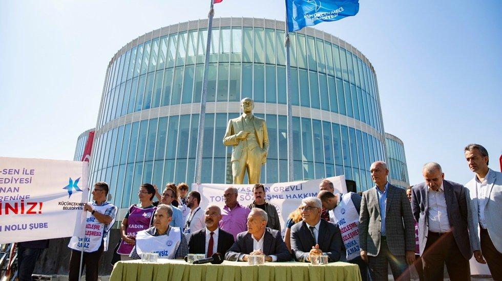 Küçükçekmece Belediyesinde 'Toplu İş Sözleşmesi' imzalandı