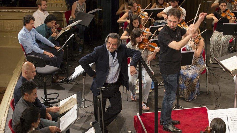 Opera Italiana Academy, Foça'da eğitim ve konserler verecek