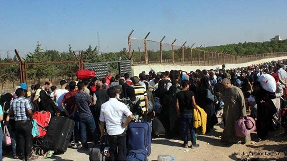 Rus Bakan: Suriye'ye her gün yurt dışından binden fazla sığınmacı dönüyor